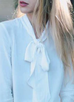 Блуза рубашка с завязочкой бантом кремовая бежевая шифоновая h&m