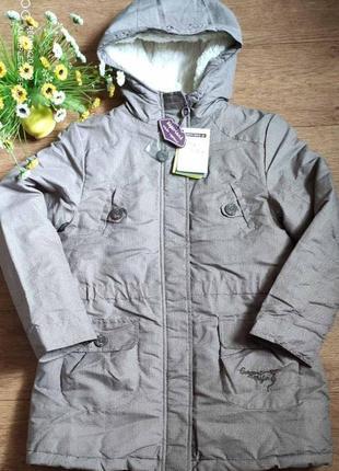 Фирменная зимняя курточка пуховик