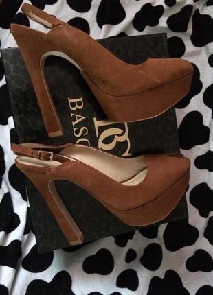Новые туфли zara !