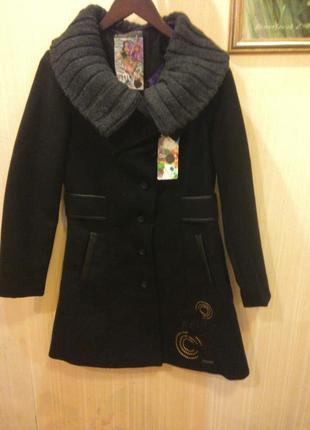 Стильное пальто desigual,новое,оригинал