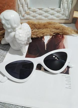 Классные белые очки лисички кошечки имиджевые солнцезащитные ретро винтаж окуляри6 фото