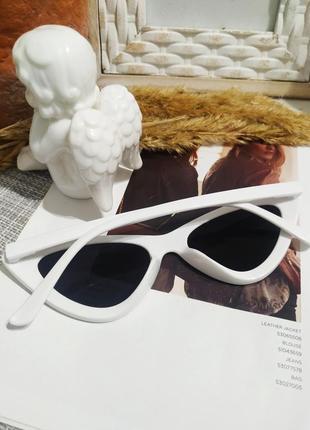 Классные белые очки лисички кошечки имиджевые солнцезащитные ретро винтаж окуляри9 фото