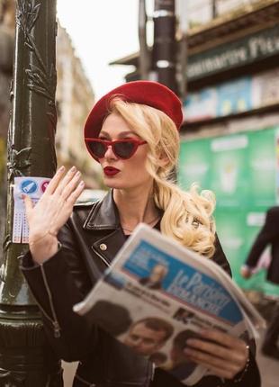 Тренд красные очки кошечки лисички узкие имиджевые солнцезащитные ретро винтаж окуляри
