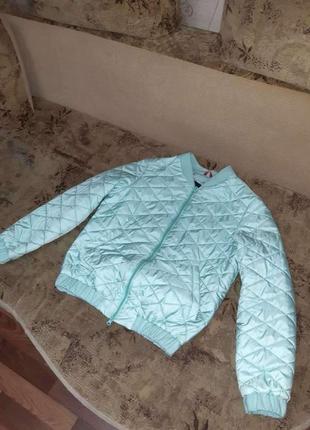 Стеганая куртка ветровка