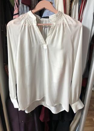 Белая блузка reserved