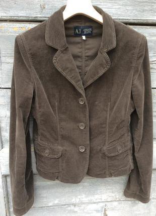 Armani jeans трендовый бархатный лёгкий итальянский жакетик приталенного кроя