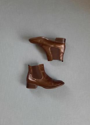 Коричневые кожаные ботинки челси размер 38
