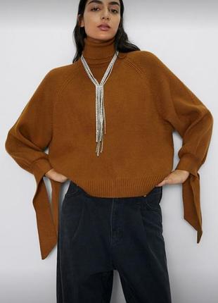 Красивый теплый свитер под горло zara