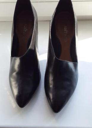 Очень стильные кожаные туфли clarks