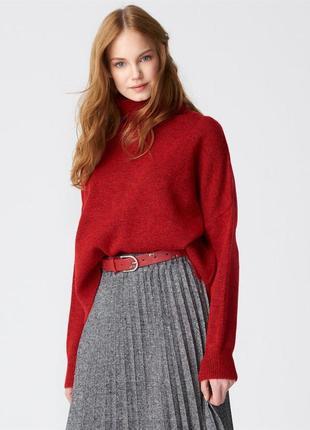 Червоний светр, красный свитер dilvin