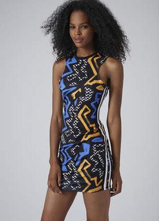 Яркое платье-граффити topshop