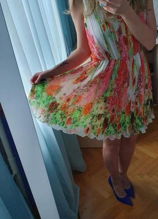 Нарядное платье на лето