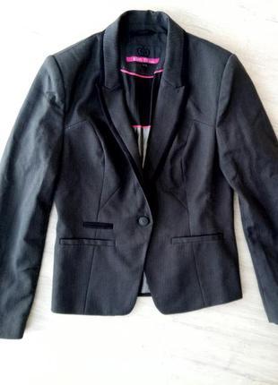 Офисный классический пиджак приталенный размер с