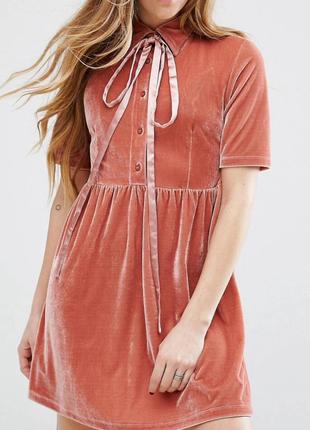 Очень красивое вельветовое платье