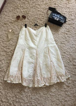 Стильная/красивая/летняя юбка жатка в молочном цвете с розовинкой