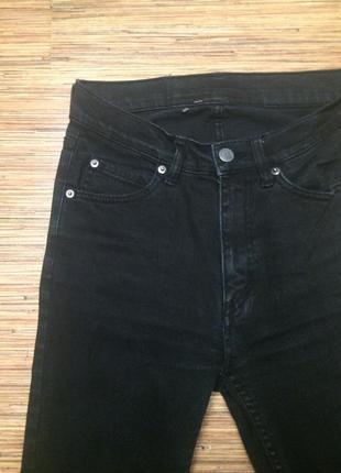 Черные узкие джинсы скинни высокая посадка cheap monday