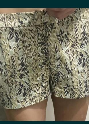 Коттоновые стрейч зеленые оливковые шорты принт коттон от h&m