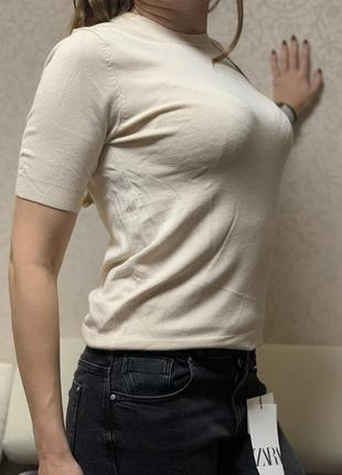 Мягенькая футболка-блуза от zara