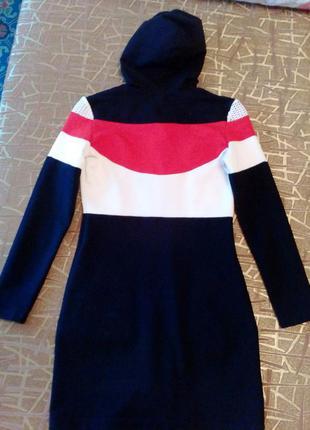 Спотривное платье