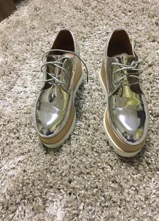 Супер стильні ботинки