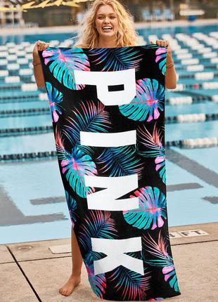 Пляжное полотенце pink от victorias secret.