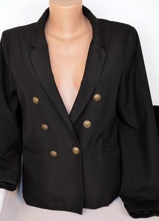 Брендовый черный пиджак жакет блейзер с карманами divided вискоза этикетка