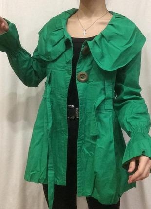 Зелёный тренч