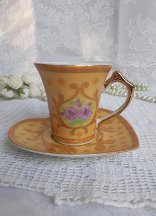 Чашка кофейная с блюдцем серце фарфоровая с деколью розы