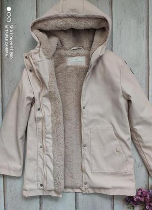 Пальто плащевое утеплённое демисезонное mango б\у 10 лет 140 см.