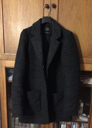 Продам пальто clockhouse c&a