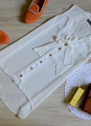 Блуза молочного кольору класична atmosphere