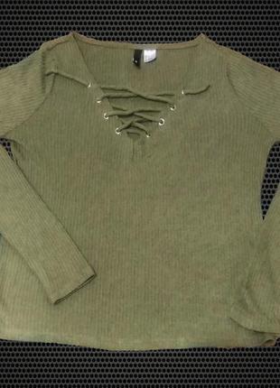 Шикарный пуловер. свитер оливкового цвета