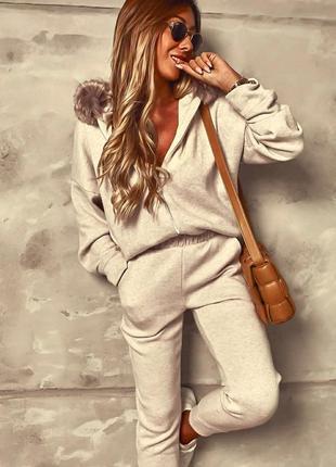 Теплый спортивный костюм  трикотаж ангора двухсторонняя капюшон с мехом
