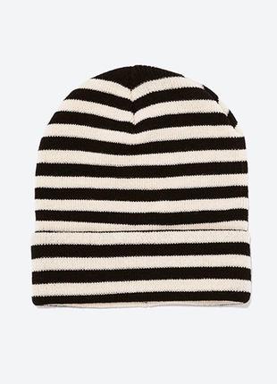 Стильная шапочка zara ® beani hats