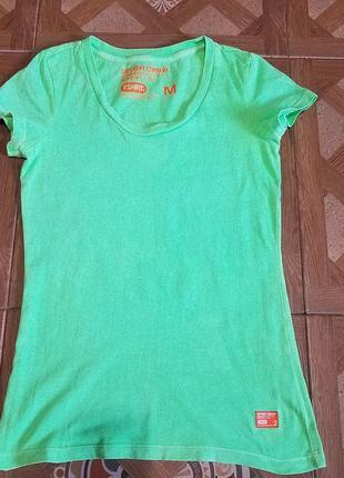 Женская футболка  м superdry зелена зелёная