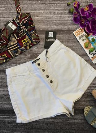 Эффектные джинсовые шорты missguided c фасоном mom jeans         pn2114