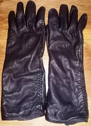 Кожаные, удлиненные перчатки