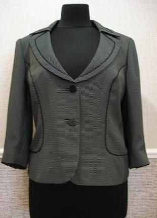 Новый короткий приталенный пиджак большого размера 18(xxxl)