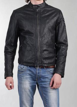 Кожаная куртка армани armani