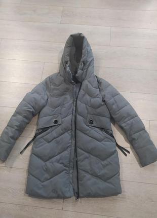 Куртка зимняя. очень теплая. холофайбер.
