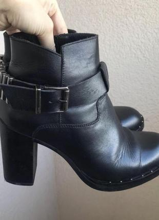 Кожаные женские демисезонные ботинки,р.38