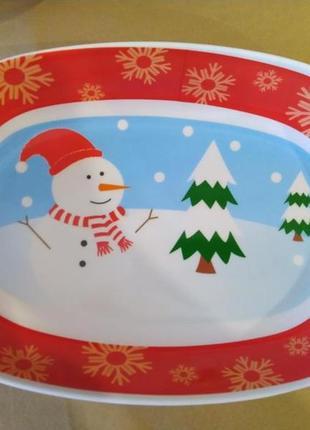 Пластиковый рождественский салатник.