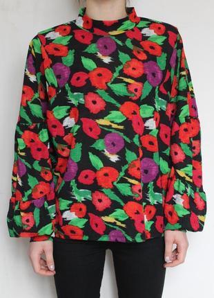 Zara блузка в цветы мак кофта