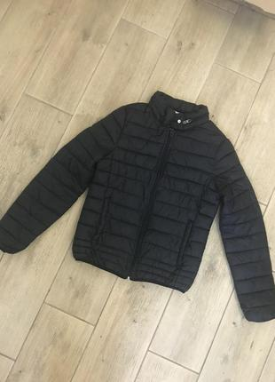 Куртка фирменная с капюшоном синтепон унисекс