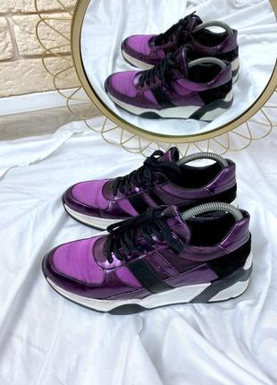 Фиолетовые кроссовки сникерсы на платформе кожаные