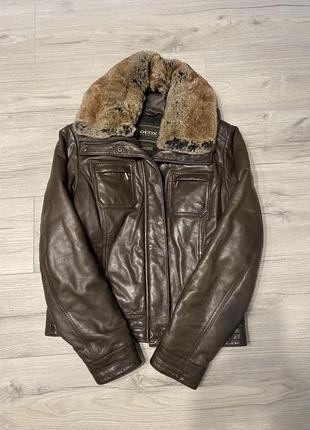Кожаная куртка geos