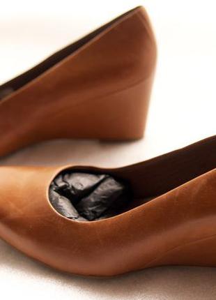 Распродажа! кожаные туфли ессо на танкетке.оригинал