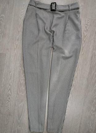 Шикарные брюки в клетку с поясом, сзади на поясе резинка