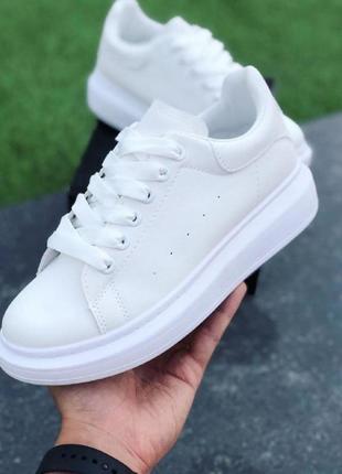 Мужские кроссовки  в стиле маквин белые