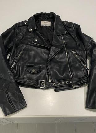 Куртка из кожзаменитель